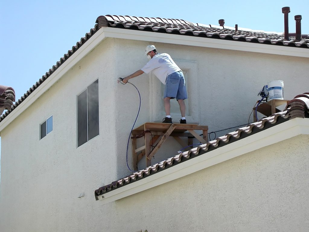 5 Ways to Tell It's Time for New Stucco Painting