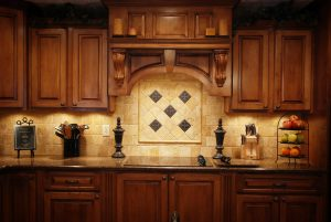 5 Reasons to Refinish Your Kitchen Cabinets Before the Holidays