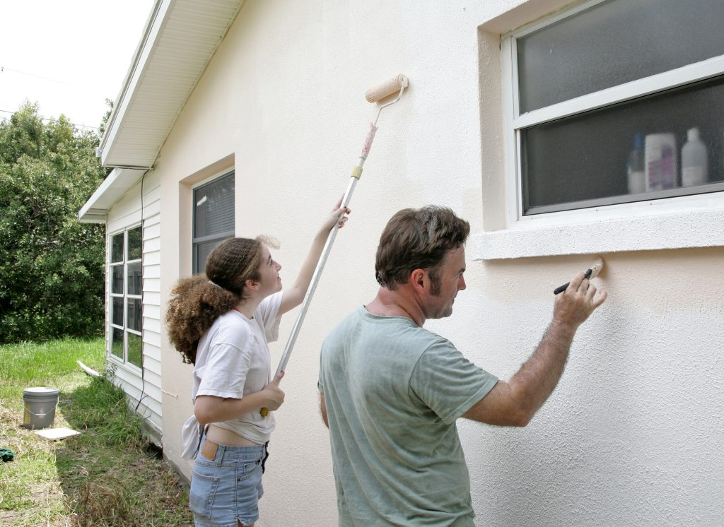 What's the Best Exterior House Paint for Stucco?