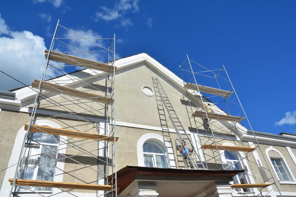5 Tips for Maintaining Your Stucco Exterior