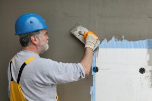 A Homeowners Guide to Repairing vs. Replacing Stucco Siding
