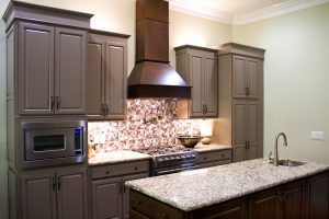 Painted vs. Stained Cabinets: Which Should You Choose?
