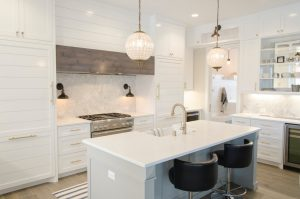 Give Your Cabinets a Boost: The Top Benefits of Refinishing Your Cabinets