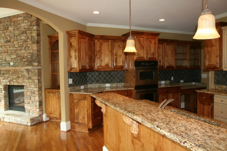What's the Best Paint Colour for a Kitchen? - Cal-Res Coatings - Residential Painters - Featured Image