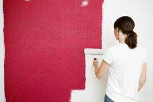 paint a light colour over dark walls